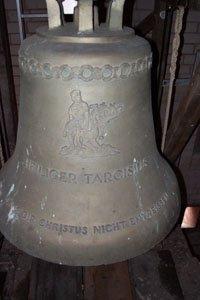 Glockenläuten zum Gedenken an die Betroffenen und Opfer der Flutkatastrophen