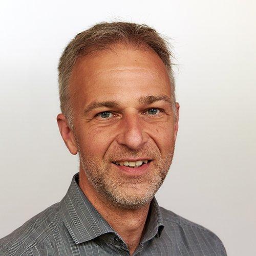 Dr. Tobias Kubis