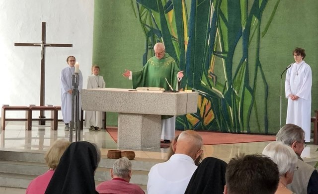 Pfarrer i.R. Gerd Pietzonka feiert sein 50. Priesterjubiläum