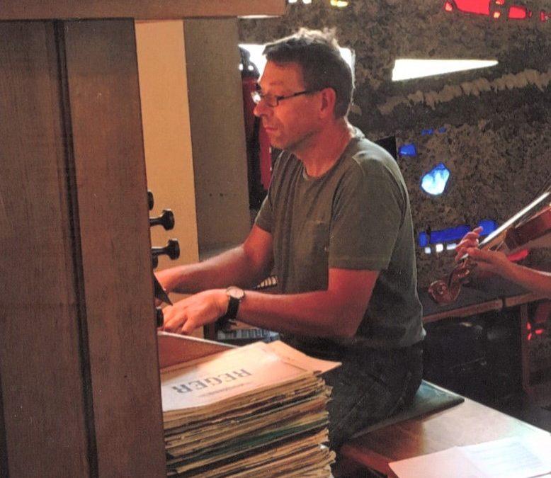 Bernhard Hübner feiert 40-jähriges Dienstjubiläum