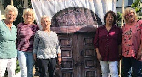 """""""Die Tor macht weit …!""""  Die Reformbewegung Maria 2.0 startet am 24.10. eine Aktion vor der Jodokuskirche"""